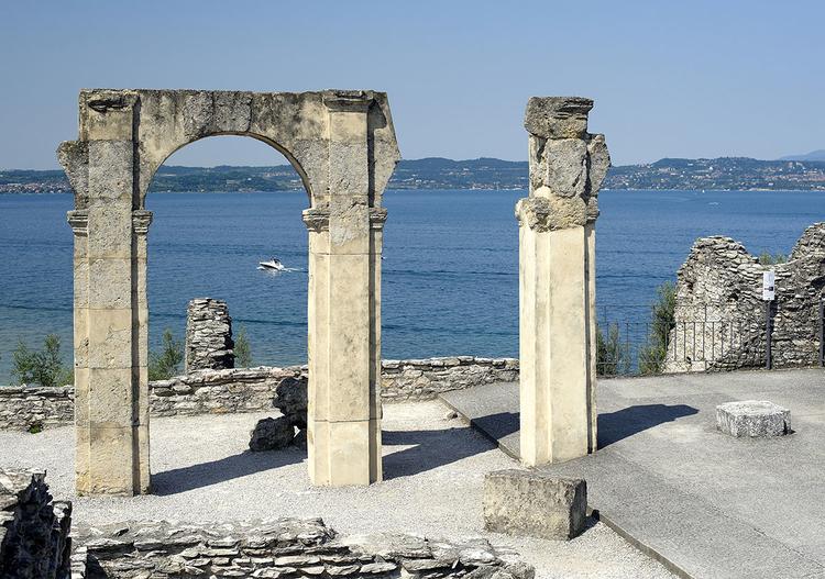Сирмионе Озеро Гарда, достопримечательности, что посмотреть, отели, рестораны