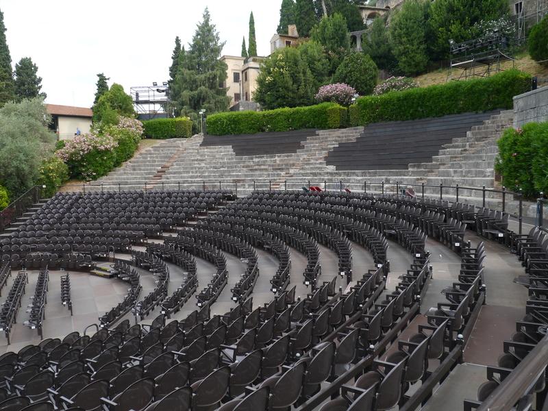 Римский театр (Teatro Romano) в Вероне