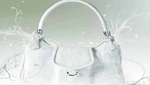 http://italia-ru.com/files/top-10-most-expensive-handbags-brands-in-the-world-2015-hilde-palladino.jpg
