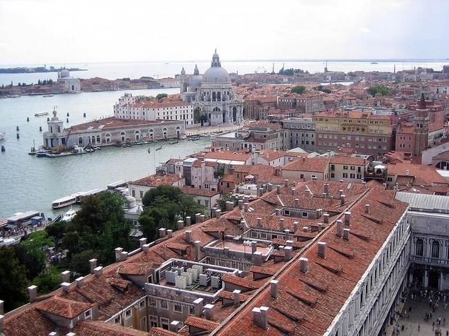 Venice 19 990x742 Венеция с высоты птичьего полета