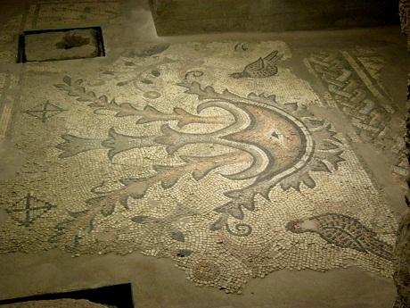 http://italia-ru.com/files/santamariadellapiazza-mosaico.jpg