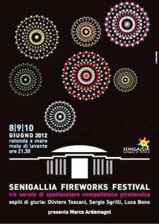 http://italia-ru.com/files/senigallia_fireworks.jpg