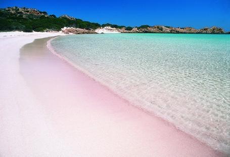 http://italia-ru.com/files/spiaggia-giunco-villasimius.jpg