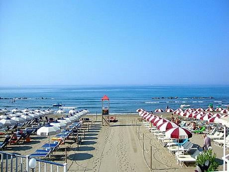 http://italia-ru.com/files/spiaggiacastiglione-della-pescaia.jpg