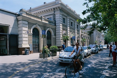 Центральный вокзал Римини