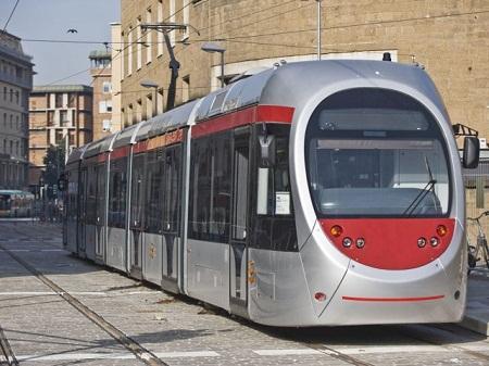 http://italia-ru.com/files/tram_firenze.jpg