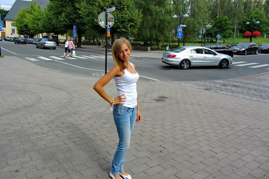 девушки из финляндии знакомства